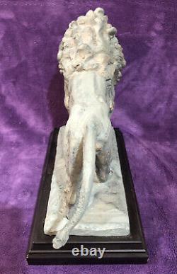 Rare Art Institute of Chicago Museum Shop Resin Lion Figures Sculptures Set of 2